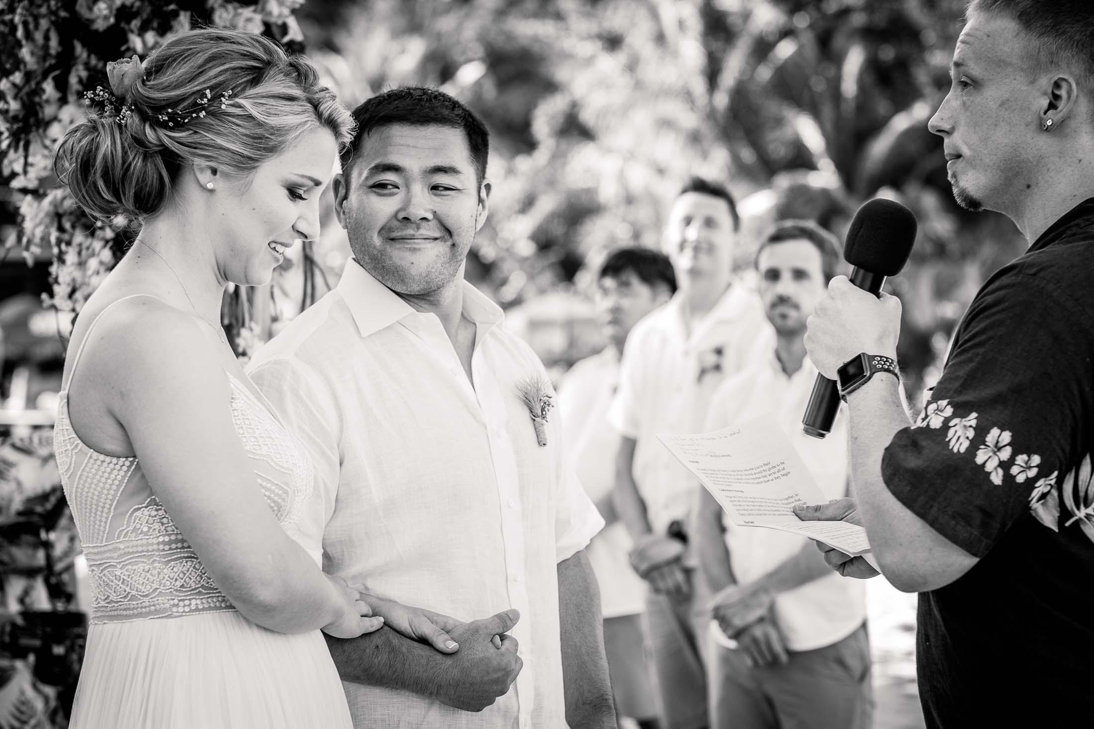 Photographe Mariage Thailande cérémonie plage noir et blanc
