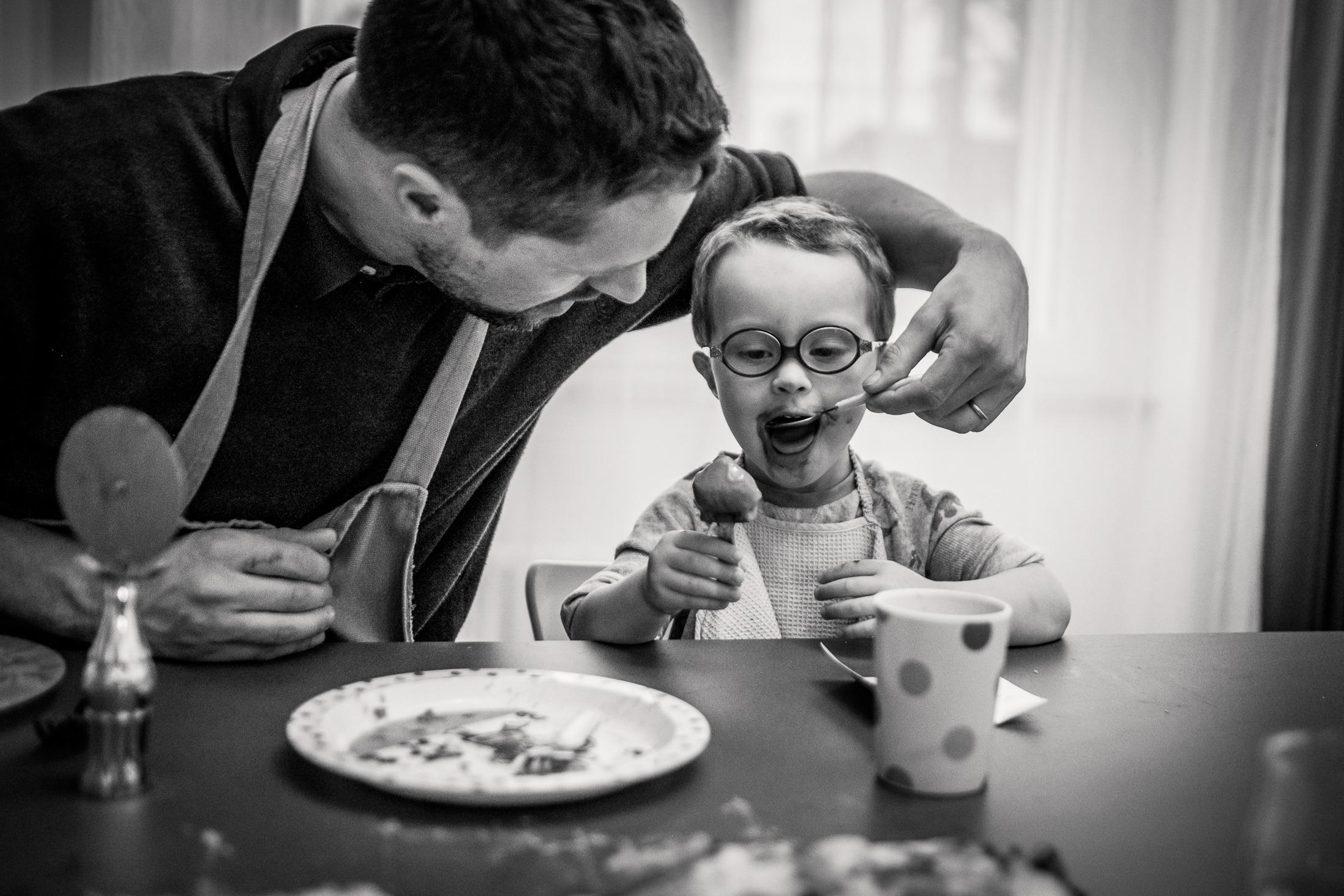 prestations photographe famille aide au repas