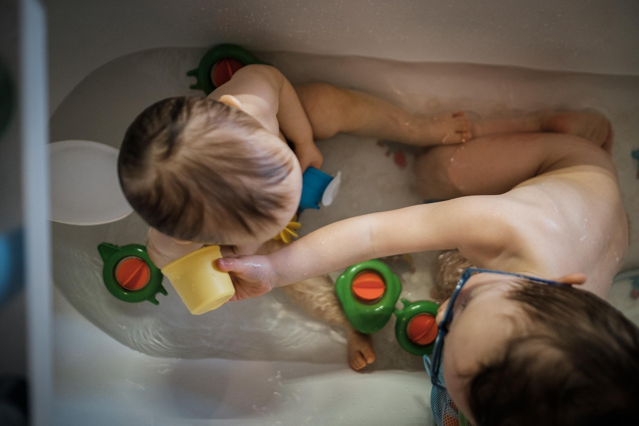 prestations photographe famille heure du bain