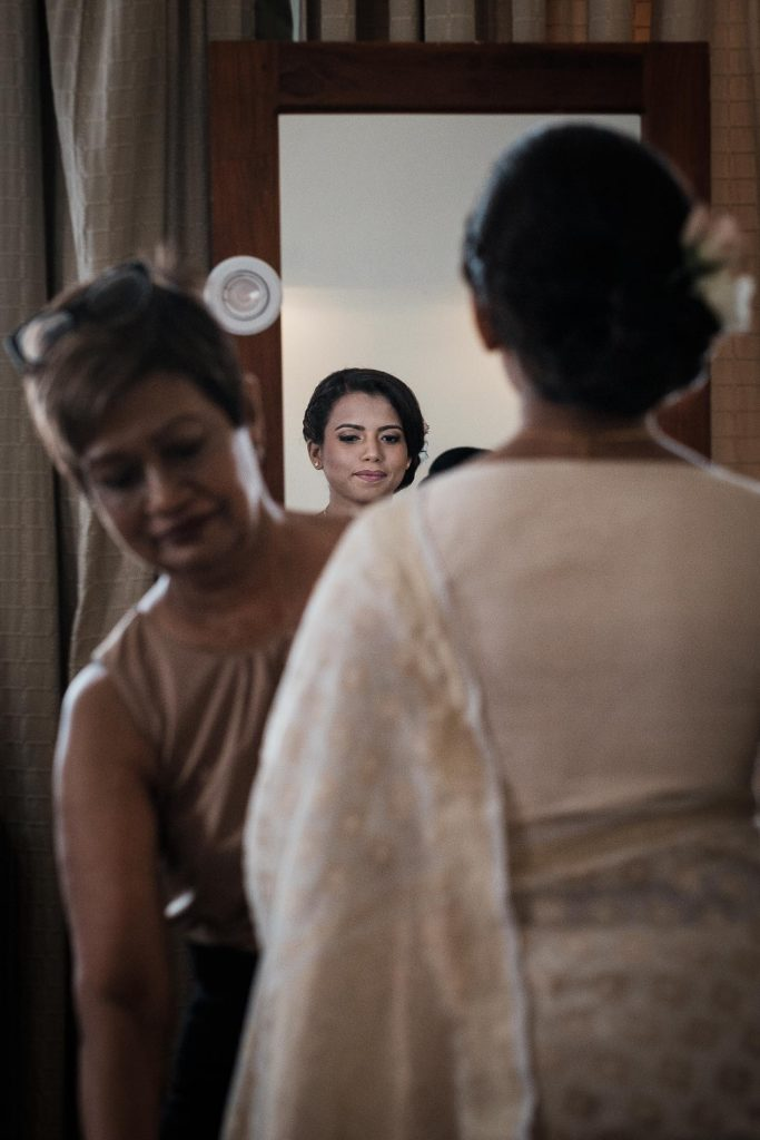 photographe mariage srilanka colombo wedding photographer bride getting ready