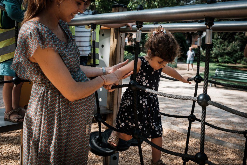aux jeux du jardin des plantes photographe famille toulouse