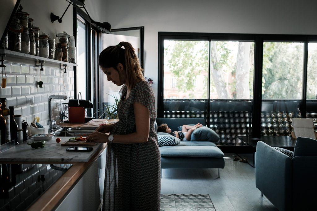préparation du repas photographe famille toulouse