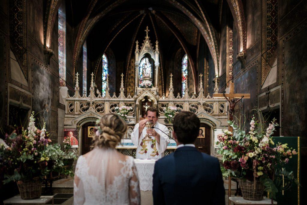 photographe mariage benediction notre dame de la drêche