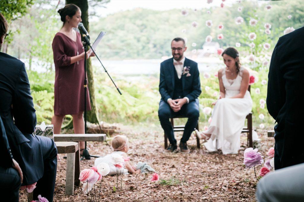 photographe mariage étangs de taysse cérémonie laïque baby girl