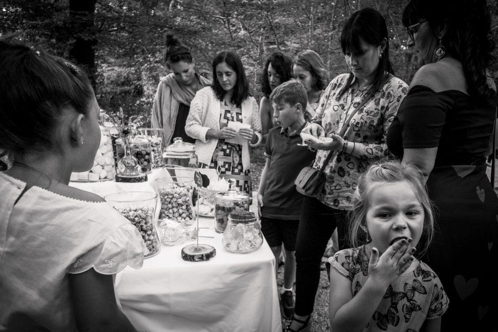 photographe mariage étangs de taysse bar à bonbons