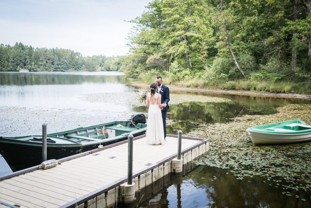 photographe mariage étangs de taysse le marié découvre la mariée pour la première fois