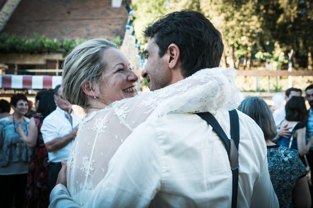 mariés amoureux photographe lot